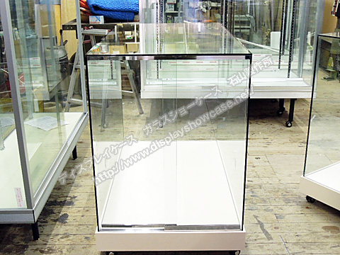 0032 オリジナルショーケース オールガラスショーケース